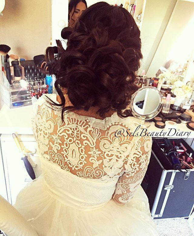 WEBSTA @ selsbeautydiary - ❤️ #work#hair#hairstyle#hairstylist#makeupartist#germany#mönchengladbach#client#hairoftheday#makeup#wedding#weddingday#love#amazing#today#weddinginspiration#weddinghair#good#brown#lashstylist#donebyme#beauty#beautiful#bride#bridal#bridemakeup#bridedress#bridehair
