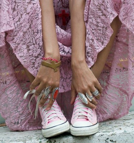 Great rings!Pink Summer, Lace, Pink Converse, Fashion, Summer Looks, Pastel Pink, Dresses, Boho, Pink Shoes