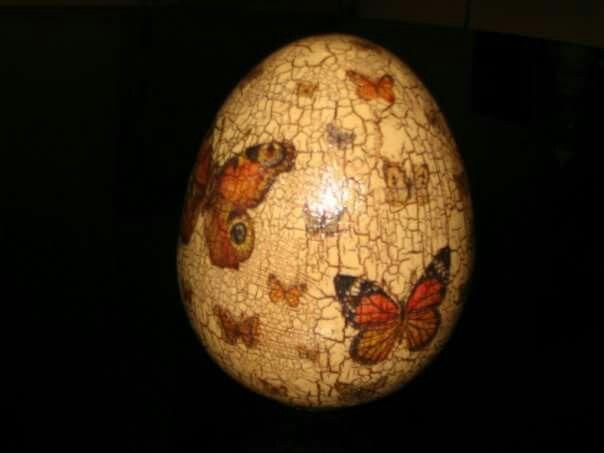 Decoupage, huevo ceramica