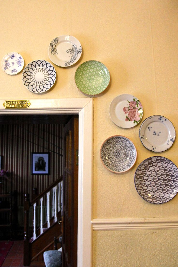 Garland of plates over guest sitting room door