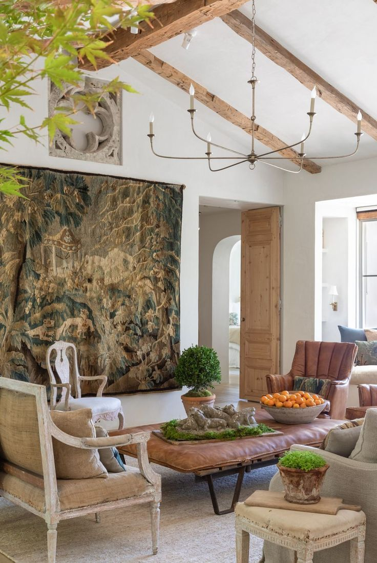 These Are The Design Trends That Are In And Out In 2020 Trending Decor Interior Design Trends Home Decor Trends