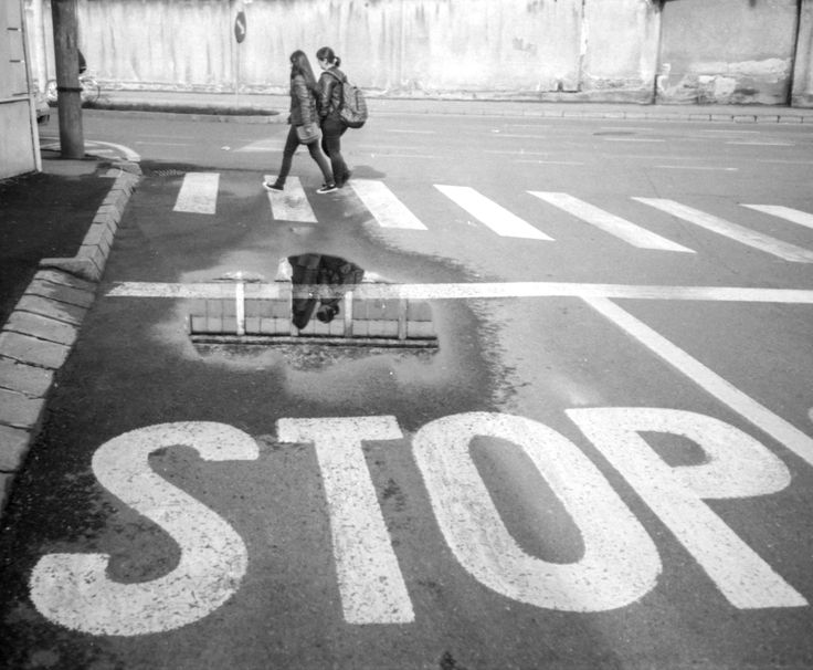 STOP (!) - Olympus AF-1 Mini, Foma 100 @100. Seld developed in BTTB, 3mn/3mn, 21C.
