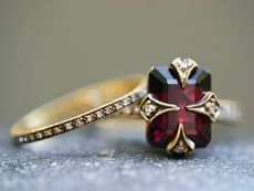Gorgeous: Ruby Rings, Cathy Waterman, Style, Diamonds Rings, Gold Rings, Jewelry, Garnet Rings, Jewels, Engagement Rings