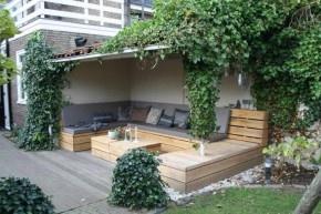 Google Afbeeldingen resultaat voor http://cdn2.welke.nl/photo/scale-290x193-wit/mooie-grote-loungebank-U-vorm-van-Douglashout-via-Het-Mooie.1346866049-van-sdikken.jpeg