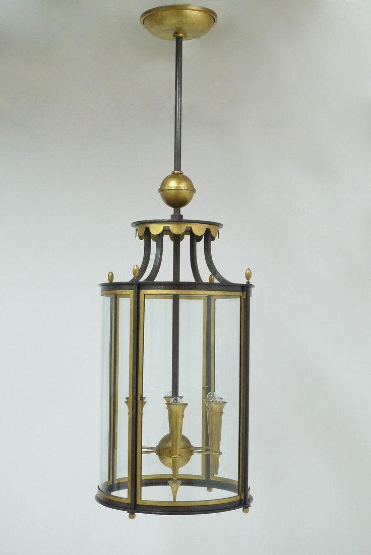 Importante et rare lanterne en fer forg patin et dor for Porte lanterne fer forge