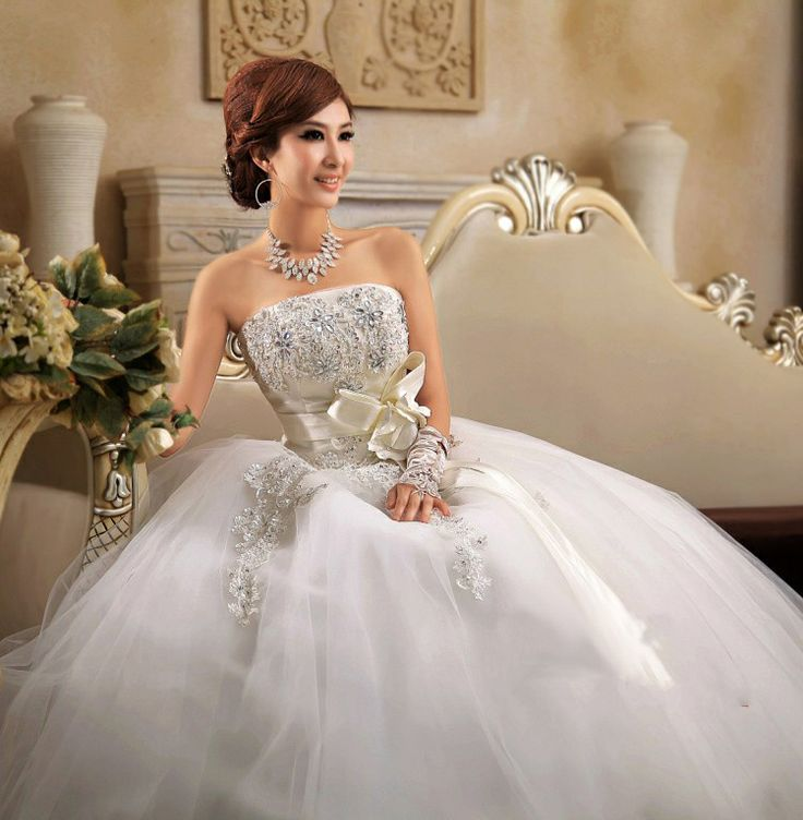 Free Shipping Embroidered Organza and Tulle Princess Wedding Dress with Bow and Rhinestones Parasol weeding dresses Customized  $146.50