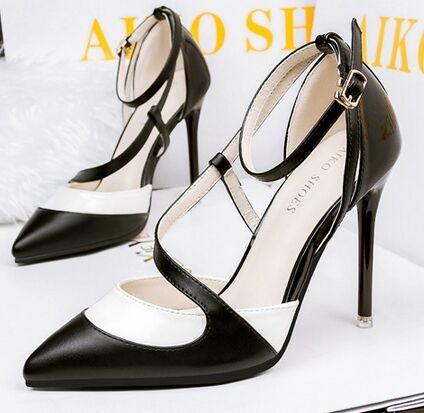 $30.74 (Buy here: https://alitems.com/g/1e8d114494ebda23ff8b16525dc3e8/?i=5&ulp=https%3A%2F%2Fwww.aliexpress.com%2Fitem%2FSize-4-8-Commuter-Office-High-Heels-Women-Pumps-Black-White-Comfortable-Summer-Women-Shoes-zapatos%2F32707708107.html ) Size 4~8 Commuter Office High Heels Women Pumps Black & White Comfortable Summer Women Shoes zapatos mujer (Chenk Foot Length) for just $30.74