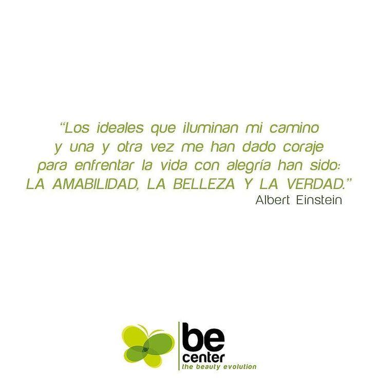 Frases que inspiran. Albert Einstein . #becenter #buenosdias #felizjueves #thurday #estetica #cirugia #clinica #plastica #beauty #belleza #salud #cirujanos.