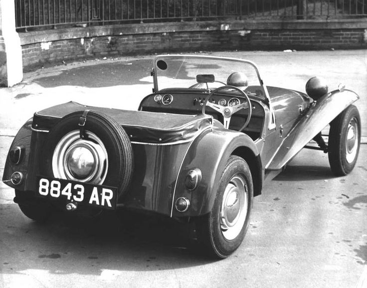 6 Reasons To Drive A Lotus 7 - Petrolicious