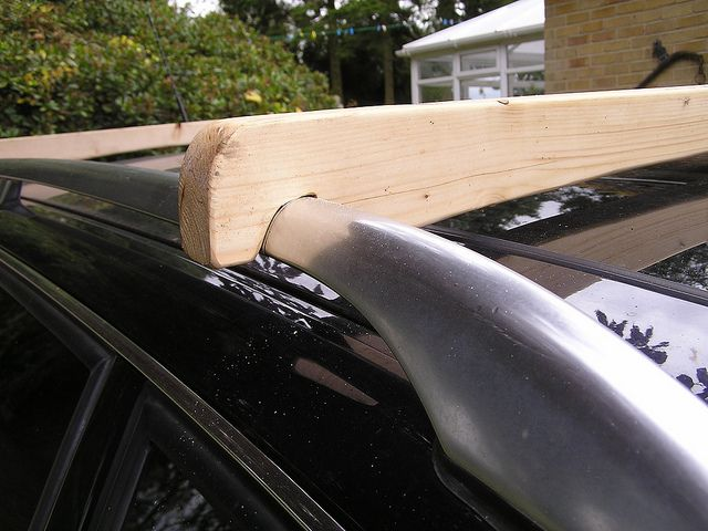 Canoe roof rack and one man loading system for less than £10 #kayakroofrack