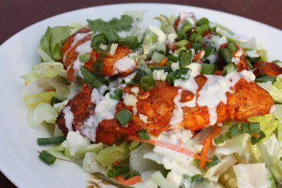 Light Buffalo Chicken Salad via Ptit Chef: Lights Buffalo, Inspiration By Charms, Salad Recipes, Trav'Lin Lights, Blue Chee Dresses, Buffalo 66, Savory Recipes, Dresses Recipes, Buffalo Chicken Salads
