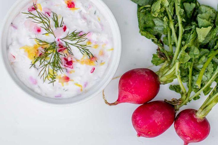 Facebook Twitter Google+ Pinterest Email Love This Pour changer un peu à l'apéro, testez donc cette surprenante recette de crème de radis. Pour 1 bol Ingrédients 100 g de radis roses 20 g de noix 20 g de noix de cajou 1 citron 60 g de chèvre frais 5 cl de crème fraîche Sel, poivre …