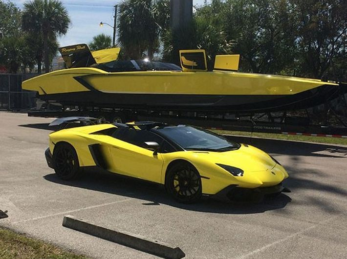 There is a floating version of the Lamborghini Aventador.The 'Aventaboat' will cost you a cool $1.3 million dollars. Click to find out more.  #autoawesome #spon