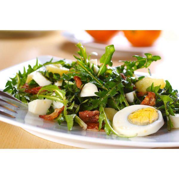Salade de pissenlits - recette alsacienne                                                                                                                                                                                 Plus