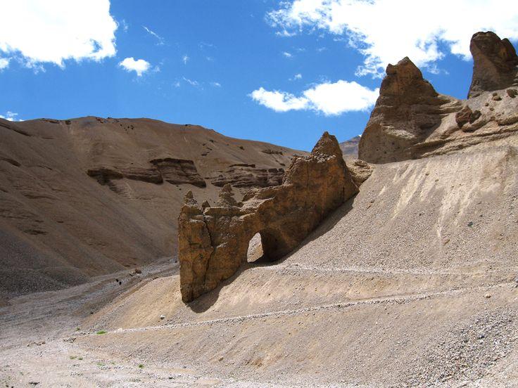 Cold desert belt in western Himalayas  #landscape #Himalaya #desert #drought #mountain #climate #Ladakh @PragyaNGO