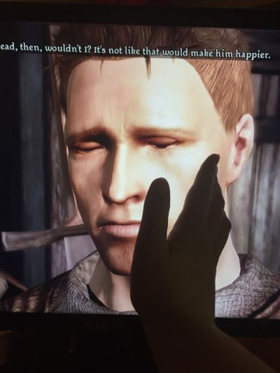 My Dragon Age experience so far summarized in one picture