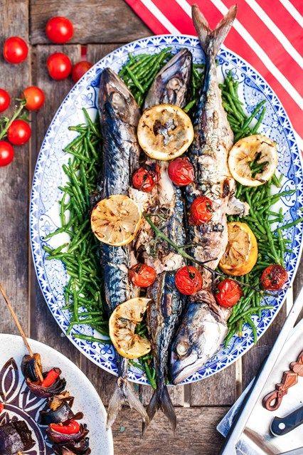 Mackerel, Samphire & Caramelised Lemon (fresh mackerel, marsh samphire, cherry tomatoes, lemons, salt, pepper, olive oil)