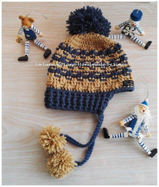 Cappellino per bambino ad uncinetto con pom pom e paraorecchi, by La Luna di Lana - Handmade by Simo, 15,00 € su misshobby.com