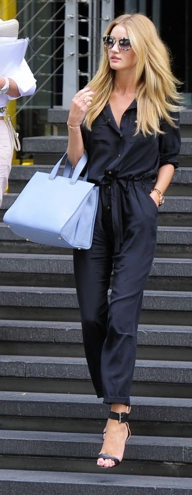 Street Style | Navy jumpsuit. | More outfits like this on the Stylekick app! Download at http://app.stylekick.com