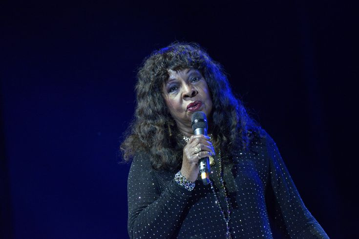 Martha Reeves on Portsmouth Guildhall stage for Portsmouth Festivities 2017