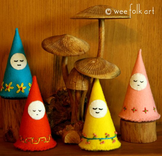 Simple Small Gnomes | Wee Folk Art * beyond lovely