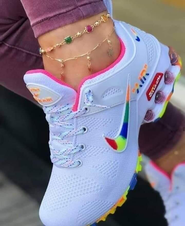 Colorful nike shoes, Nike sneakers