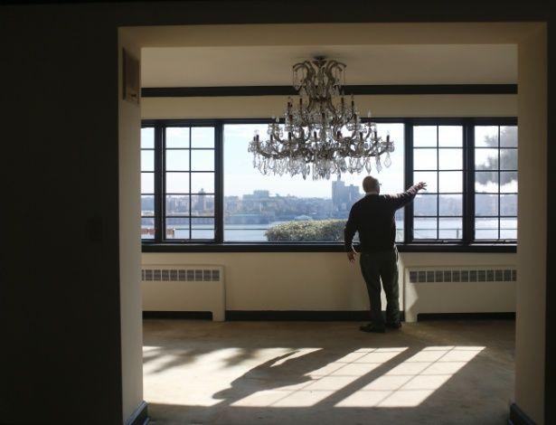 Com 25 cômodos e vista de Manhattan, casa de mafioso vai a leilão por ao menos US$ 5,5 mi