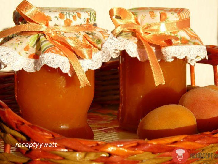 Marhuľový džem. Jednoduchá príprava a domáci je naj.Rozpis surovín si každý upraví podľa seba a svojej chuti (my máme radšej redší džem, s kúskami ovocia)