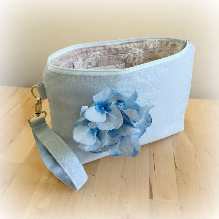 Linen Clutch Bag Pale Blue Bag Wristlet Clutch Wedding Bag Small Handbag Fashion Bag Blue Linen Clutch Small Zippered Bag Handmade in the USA