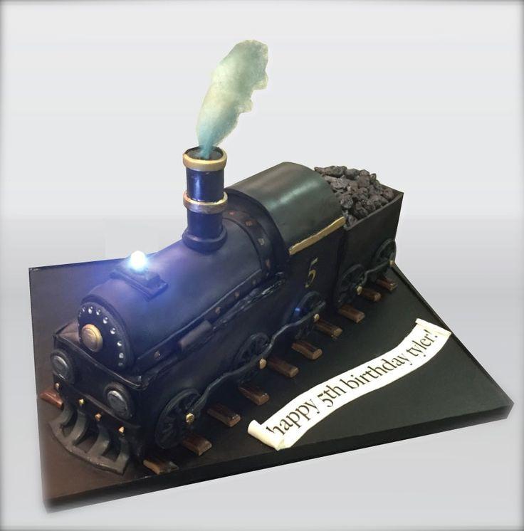 Steam Engine Cake In 2020 Polar Express Birthday Cake