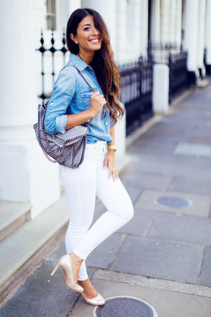 How To Style A Denim Shirt, White Skinny Jeans, Light Blue ...