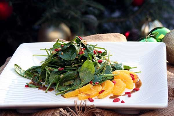 Salad with spinach, orange fillet, cashews, goji berry and dressing of raspberry vinegar and grape syrup.Paparouna Wine Restaurant & Cocktail Bar | Christmas Eve plates!!!