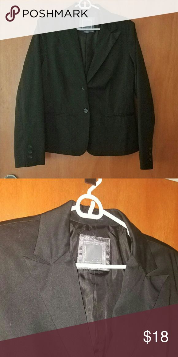 Old Navy Blazer Black Old Navy Blazer.  Two button front closure. 3-button detail on sleeve.  Great condition. Old Navy Jackets & Coats Blazers
