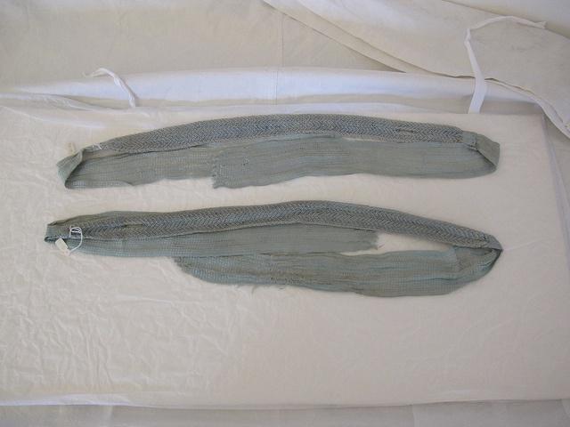 Strømpebånd, som Caroline Mathilde fik foræret af Struensee.    Garter, given as a gift from Struensee to Caroline Mathilde.  Pin fra Statens Arkivers Flickr.