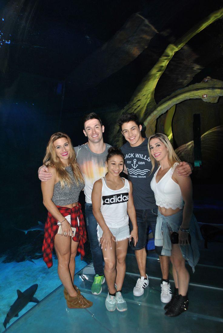 Atletas brasileiros dos Jogos Olímpicos curtindo o Sea Life Aquarium no I-Drive 360 em Orlando.Jade Barbosa, Diego Hypolito,  Flavia Saraiva,  Arthur Nory e Daniele Hypolito.