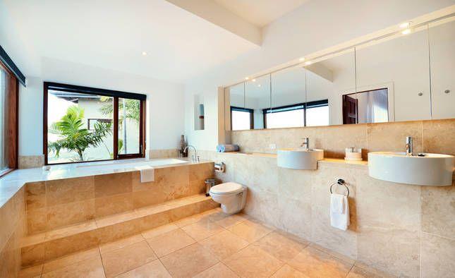 Stunning luxury villa @ Villa Vivante | Coffs Harbour, NSW | Accommodation. 2014 National Indulgence Award Winner. From $1100 per night. Sleeps 11. #designer #bathroom