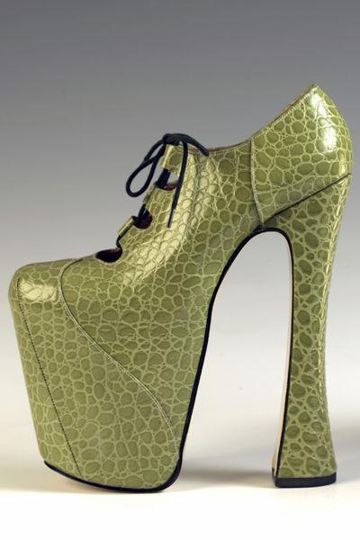 Pair of green mock-crocodile leather Super Elevated Ghillie shoes, Vivienne Westwood, 1999 (highheel)