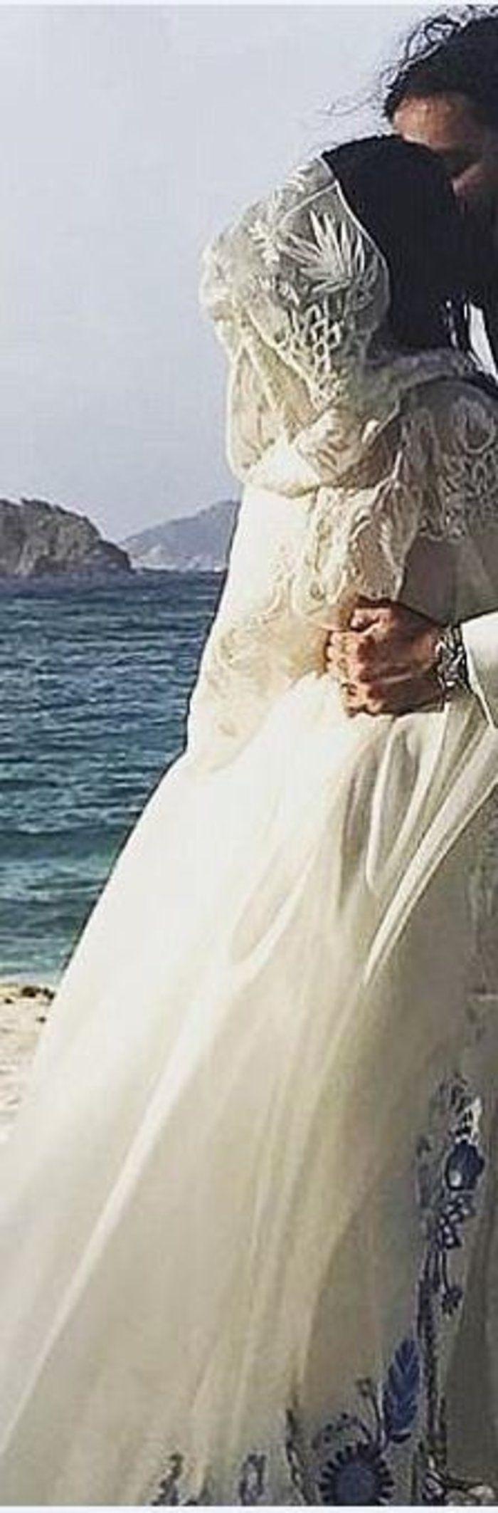 Το υπέροχο μποέμ νυφικό που σχεδίασε ο Tommy Hilfiger για την κόρη του |thetoc.gr