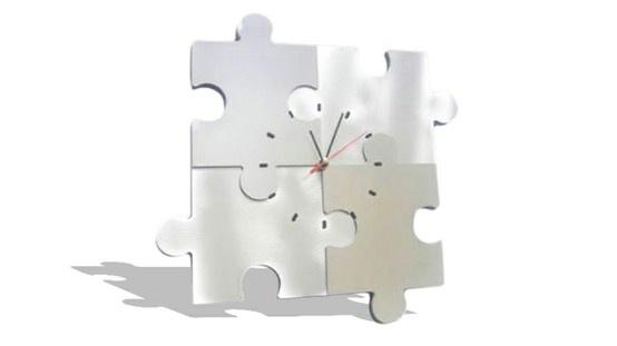 Este reloj de diseño les seducira con su originalidad. Dará a su interior un toque contemporáneo.