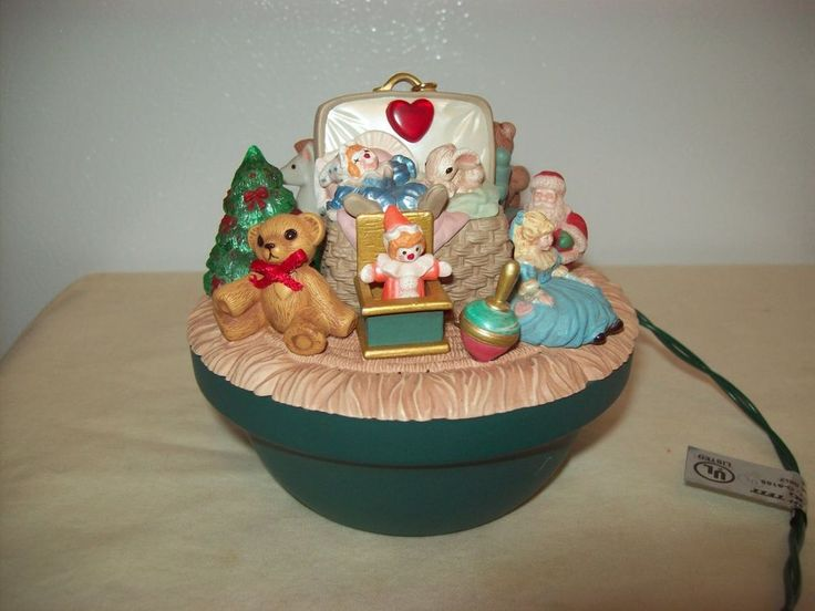 Hallmark Magic Light Victorian Toy Box Ornament Works No Box 1995