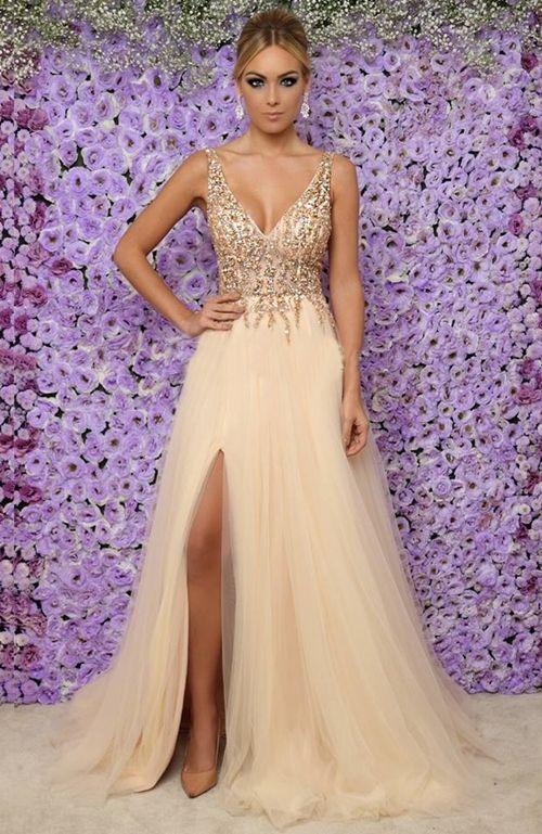8ccbe5452b6 Seleção de vestido longo dourado para formatura   vestidos ...