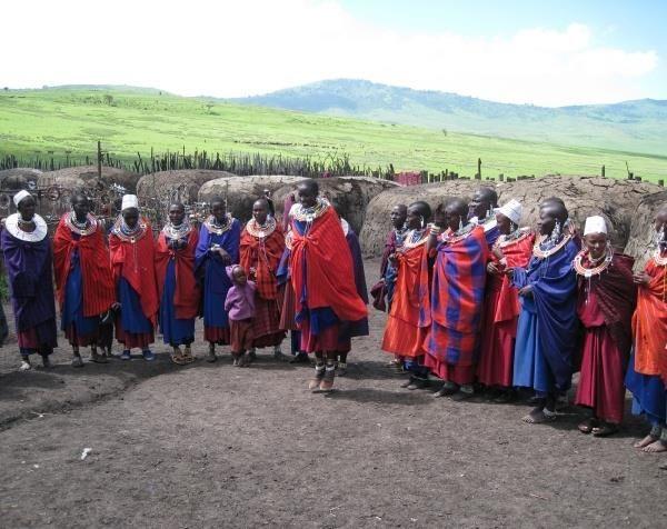 Перу национальный костюм состоит из