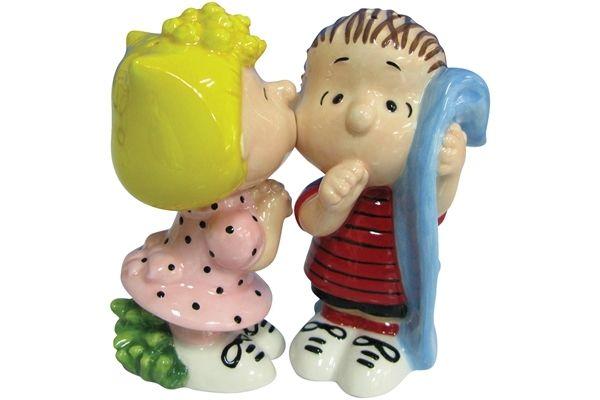 Sally & Linus - Salt & Pepper Shakers