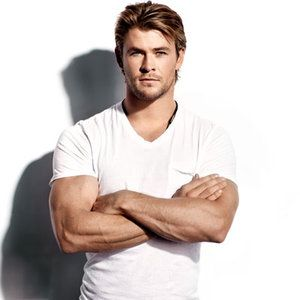 Chris Hemsworth is my idea of physical masculinity perfected. Tall, strong, deep voice, hot even with long hair.