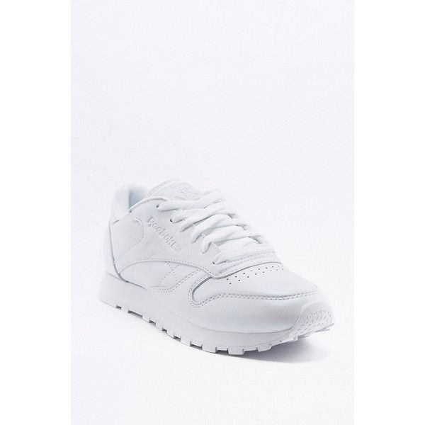 Reebok Classic White Pearl Leather Trainers (5.240 RUB) ❤ liked on Polyvore featuring shoes, sneakers, white, leather sneakers, reebok sneakers, reebok, sports trainer and white shoes