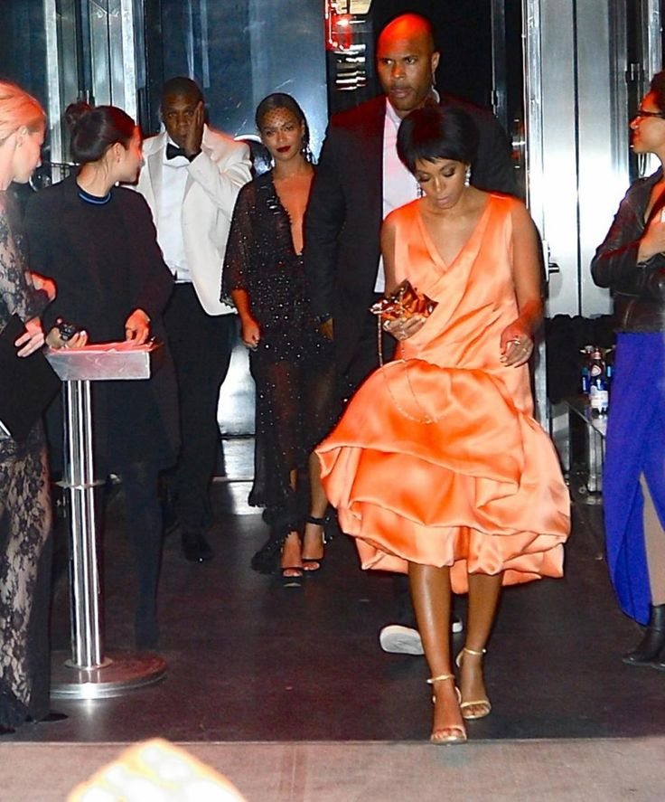 Solange Knowles kicks, punches, claws Jay Z in elevator video at Met Gala after-party