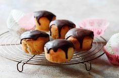 Fastelavns muffinboller med nougat og marcipan