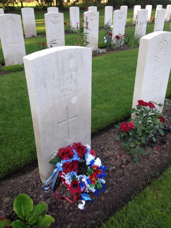 Veterans will be remembering the fallen of Op Market Garden 70 years ago at #Oosterbeek Cemetery.