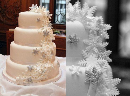 4 hochzeits torten Schnee Schneeflocken hochzeit im winter Hochzeit im Winter –Heiraten mit Schnee/ Schneeflocken