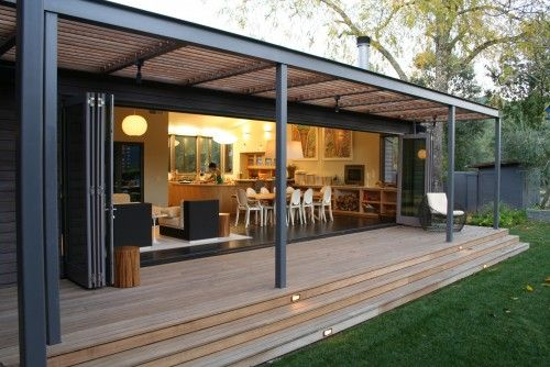 Love the glass wall. You can also make it not see=thru by closing the darker folding doors. Something I'd like to have. (In my dreams) #patio #deck